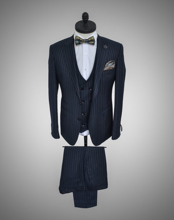 Costum Barbatesc Slim Fit Bleu in Dungi 1500 Lei